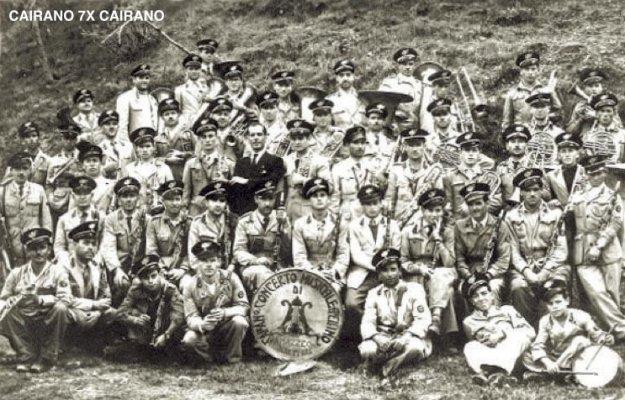 Banda Musicale di Cairano che nel 1948 contava 50 musicisti